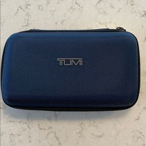 Tumi carrying case